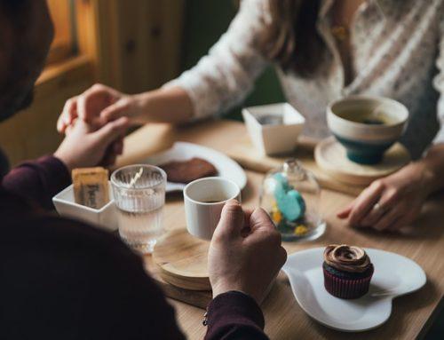 【2020最新】飯局小姐-條件要很好嗎?工作內容與收入又是如何的呢?